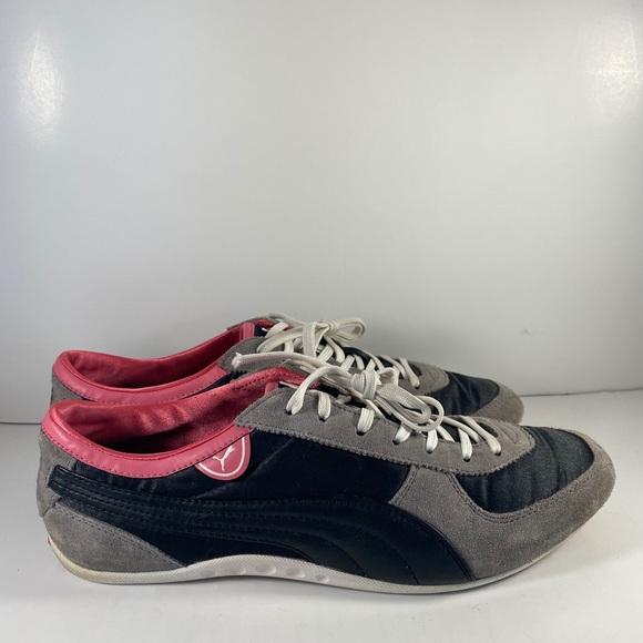 Women's size 8 Puma nylon casual shoe